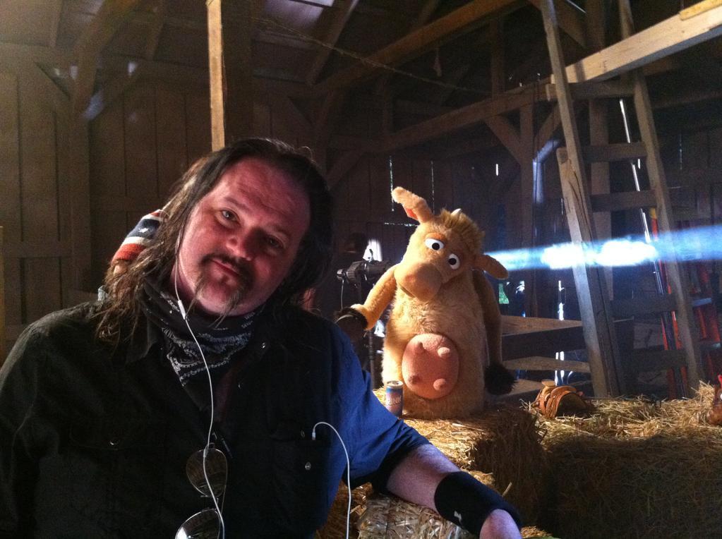 Robert-Sexton_cow-muppet-1